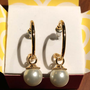 Origami Owl Gold Customizable Hoops w/Pearl Drops